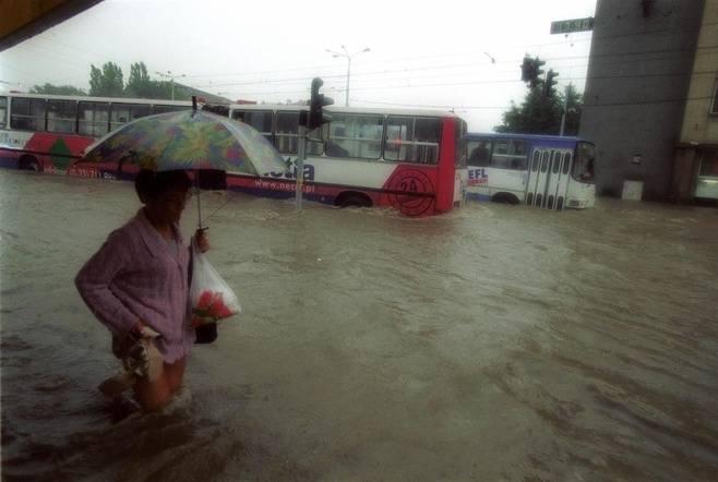 Powódź w Gdańsku w 2001 roku  spowodowała ogromne straty