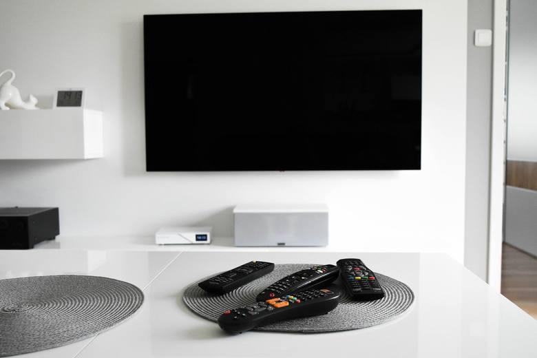 Abonament RTV 2021 - zwolnienia. Opłacić abonament RTV powinni wszyscy, którzy posiadają odbiornik radiowy lub telewizyjny. Opłata abonamentowa jest