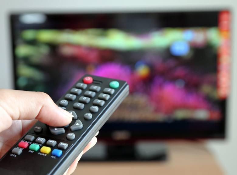 Zastanawiasz się, które programy telewizyjne w Polsce ogląda najwięcej osób? Oto raport oglądalności Nielsen Audience Measurement opracowanych przez