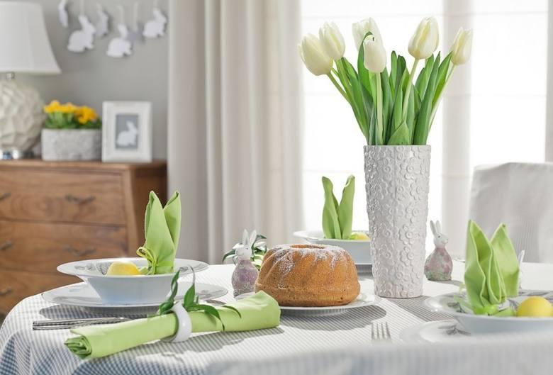 Do wyboru mamy różnokolorowe (i pachnące) hiacynty, żółte żonkile, niebieskie i białe szafirki, barwne krokusy, piękne prymulki, czy miniaturowe tulipany.