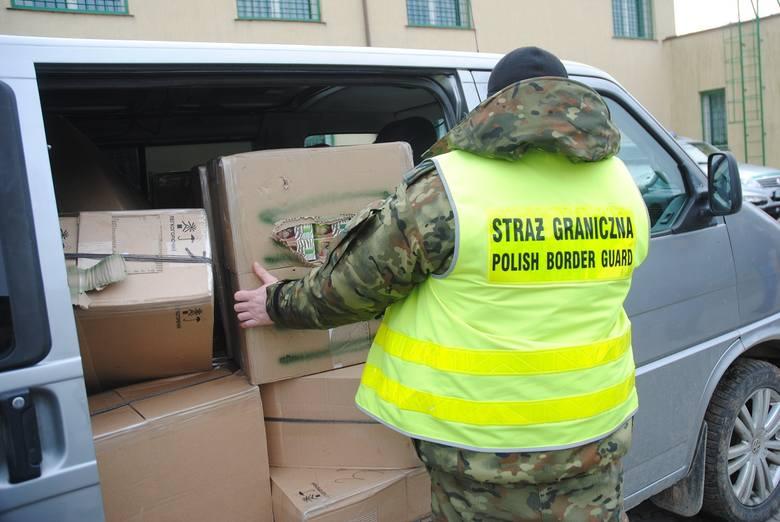 13 marca w gminie Suwałki funkcjonariusze Straży Granicznej przystąpili do zatrzymania samochodu marki WV Caravella na polskich tablicach rejestracyjnych.