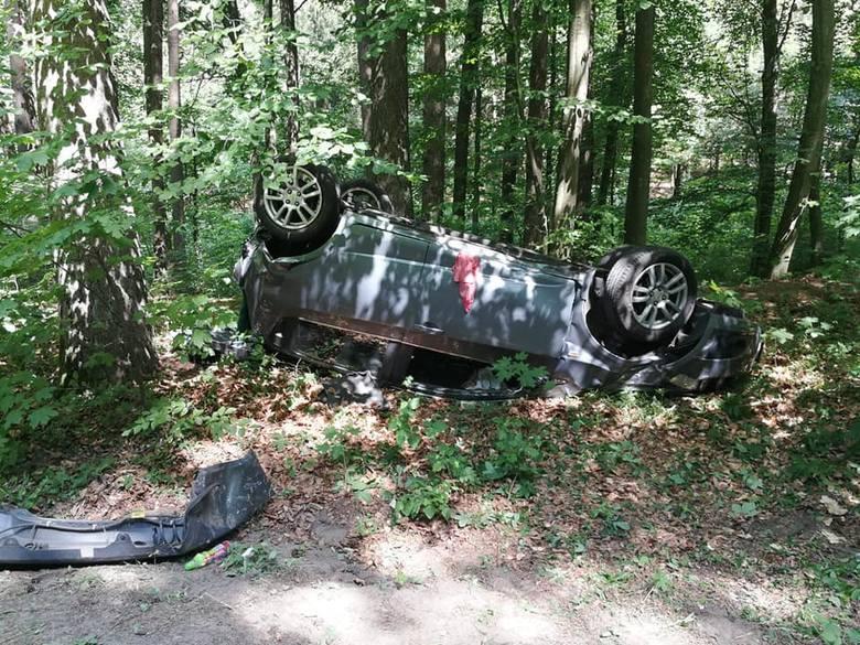 Do wypadku doszło w sobotę 20 lipca, wczesnym popołudniem, niedaleko miejscowości Kopydłówko na drodze wojewódzkiej nr 162 prowadzącej do Kołobrzegu.