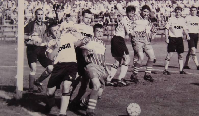 Kolejna porcja wspomnień. Zachęcamy Was do obejrzenia unikatowych zdjęć piłkarzy Błękitnych Kielce i Korony Kielce, w większości nie były publikowane.
