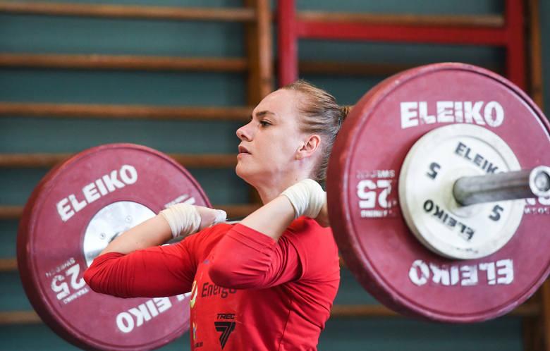 Joanna Łochowska to jedyny pewniak do wyjazdu do Tokio z kadry w podnoszeniu ciężarów kobiet