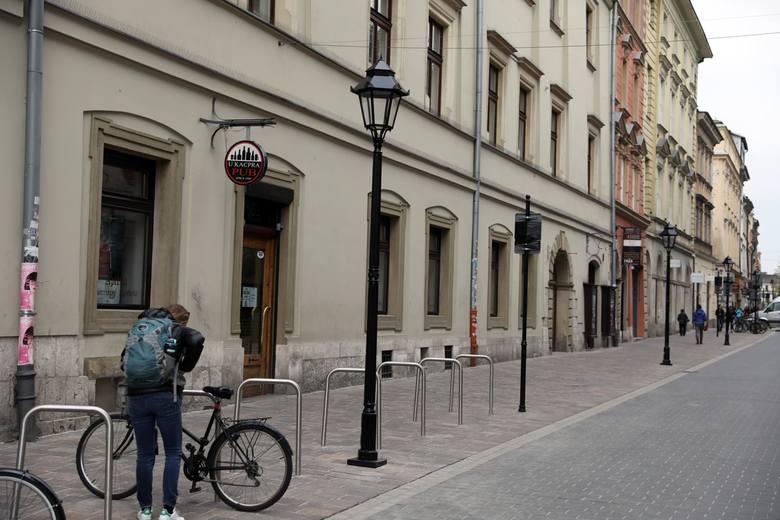 Ulica Sławkowska po remoncie zyskała nową nawierzchnię i latarnie