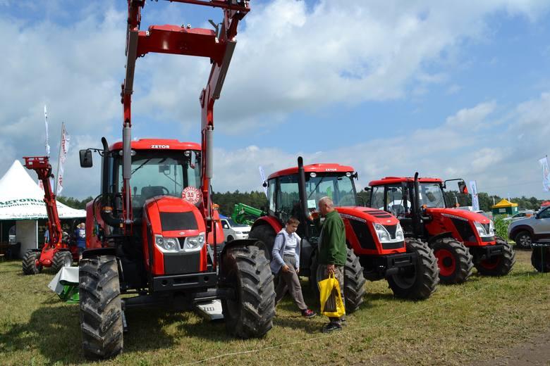 Targi rolnicze odbywają się zarówno w plenerze, jak w kompleksach wystawienniczych