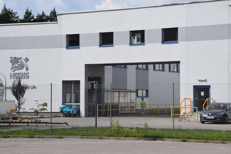 Nestle zatrudnia około 700 pracowników, w tym wielu mieszkańców samej Kargowej. Zniknięcie firmy z mapy miasta oznacza poważne konsekwencje finansow