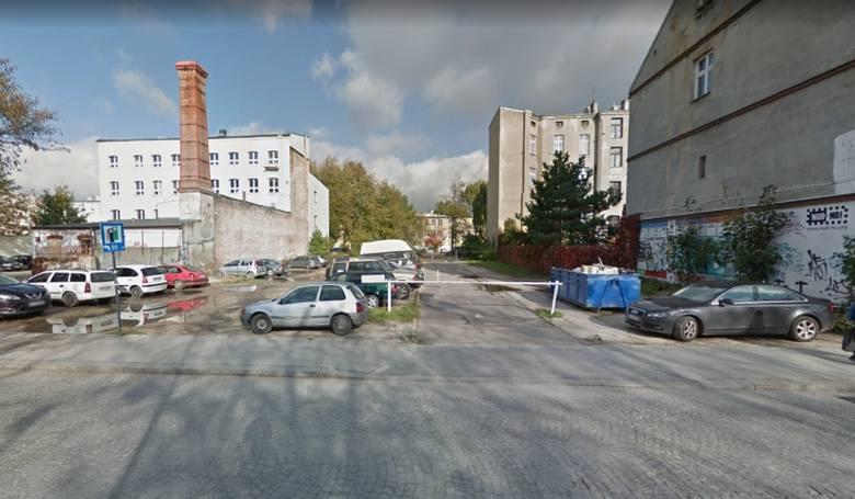 W 2024 r. mają zostać oddane do użytku cztery piętrowe parkingi w centrum Łodzi, które łącznie pomieszczą 891 samochodów. Wybuduje je prywatny inwestor