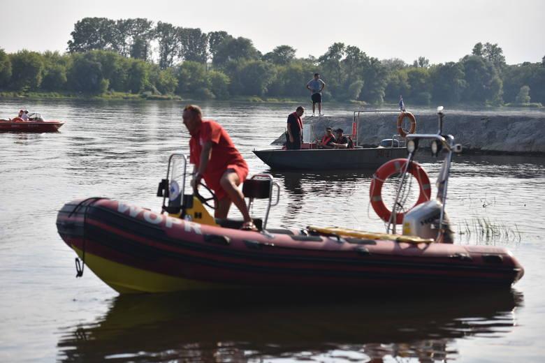Dramatyczne sceny nad Wisłą w Toruniu. Mężczyzna wskoczył do rzeki i nie wypłynął. Po południu mężczyzna wskoczył do Wisły - na wysokości żwirowni znajdującej