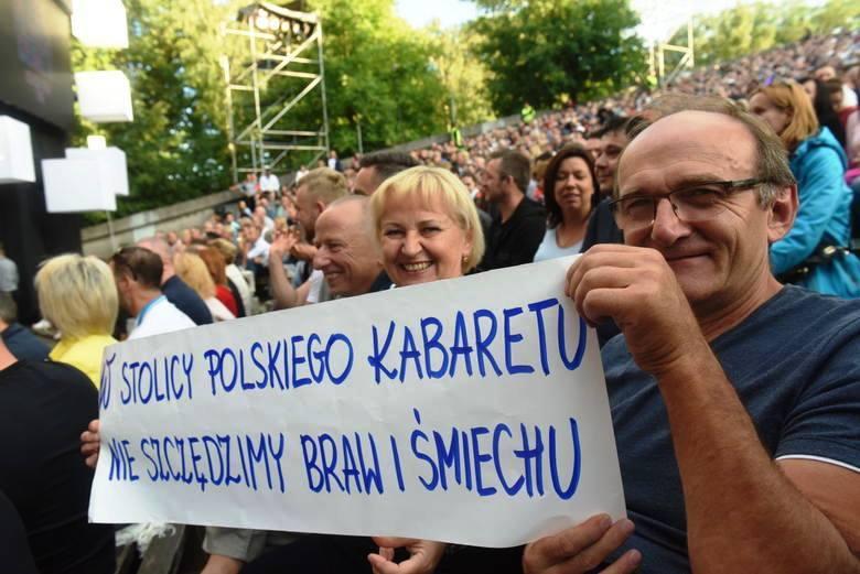 Maraton śmiechu Stolica Polskiego Kabaretu - Zielona Góra 2018 transmitowany był w niedzielę, 1 lipca 2018 r. w Polsacie od 20.05 do północy.