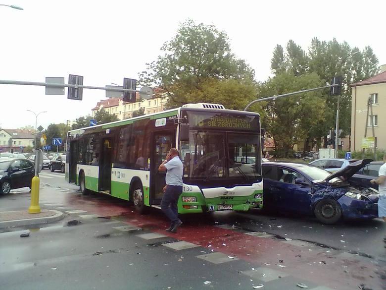 W piątek po godz. 18 na ulicy Sienkiewicza w Białymstoku doszło do kolizji.