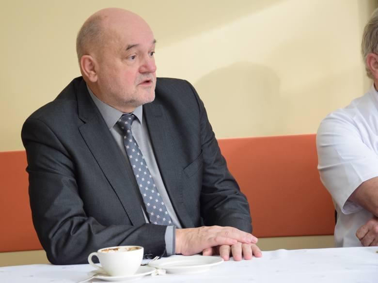 Marek Nowak, były dyrektor szpitala w Grudziądzu, był też radnym sejmiku wojewódzkiego. Tworzy własny Komitet Wyborczy Wyborców Marka Nowaka.