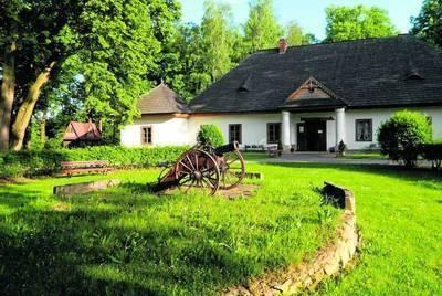 """W dworze w Świdniku organizowane są przyjęcia okolicznościowe i imprezy kulturalne Fot. archiwum """"Dwór w Świdniku"""""""