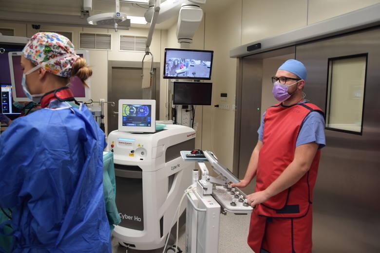 Szpital Uniwersytecki w Zielonej Górze jest szpitalem klinicznym. Tutaj nie tylko leczy się pacjentów, ale i kształci studentów medycyny na Uniwersytecie Zielonogórskim
