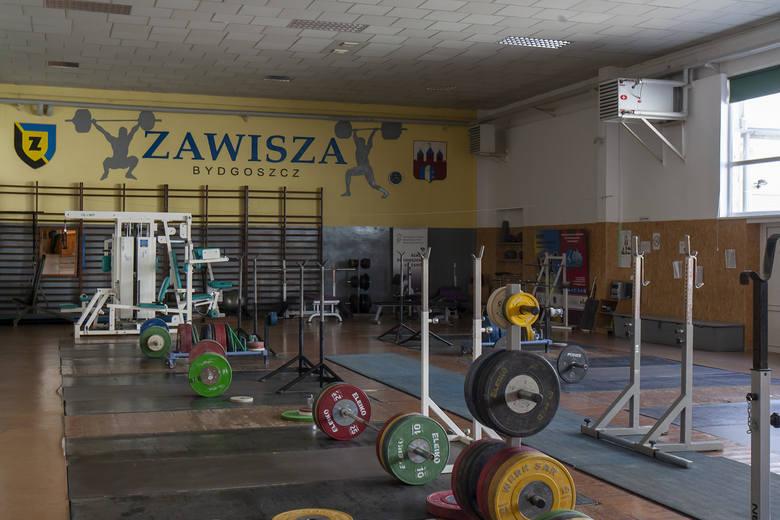 Zawisza Bydgoszcz to ogromny kompleks sportowy, którym zarządza Bydgoskie Centrum Sportu. Dzięki uprzejmości BCS zajrzeliśmy do miejsc, do których nie