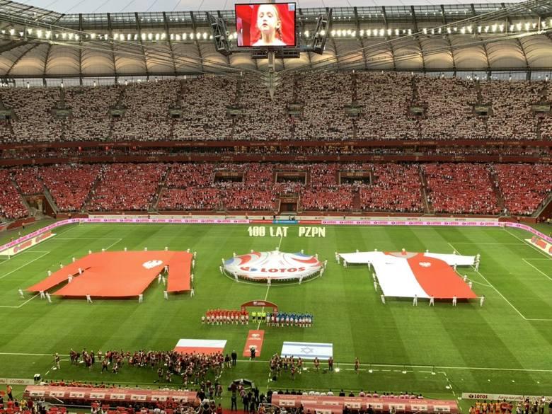 Około 50 tys. widzów ogląda mecz na PGE Narodowym w Warszawie