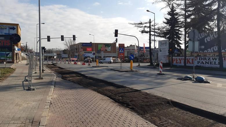 Ulicą Bartla miasto chciało poprowadzić objazd remontowanego odcinka ul. Krakowskiej. PKP się na to nie zgodziło