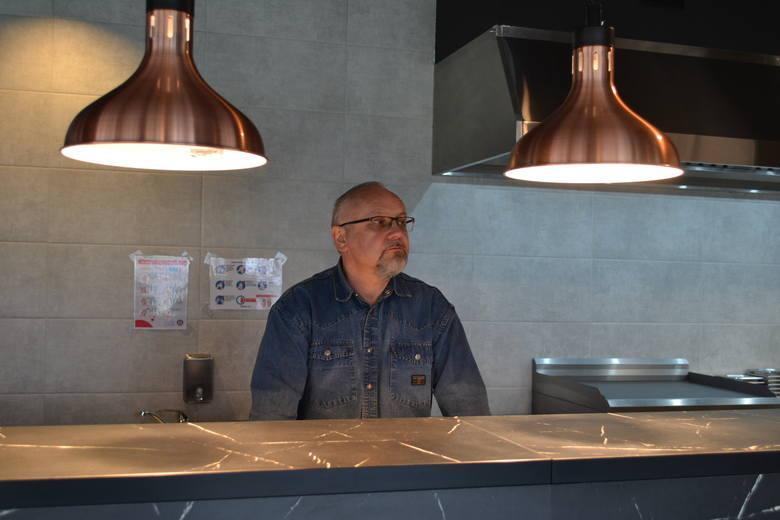Bucket's Story zaczyna działanie w Sosnowcu od 31 marca. Na zdjęciu właściciel Tomasz Miernikowski. Zobacz kolejne zdjęcia. Przesuń zdjęcia w prawo -