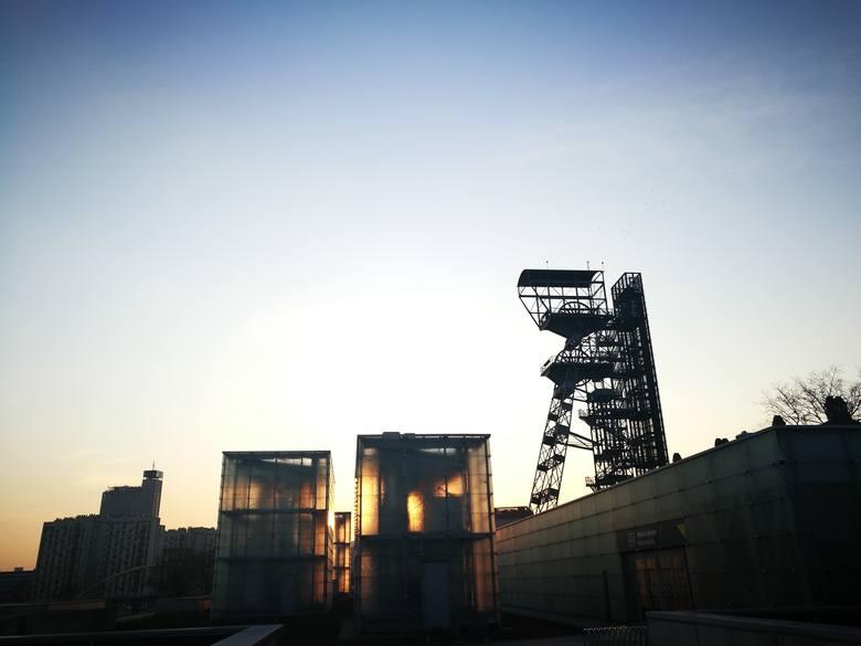 Widok z wieży widokowej Muzeum Śląskiego w Katowicach, kwiecień 2019