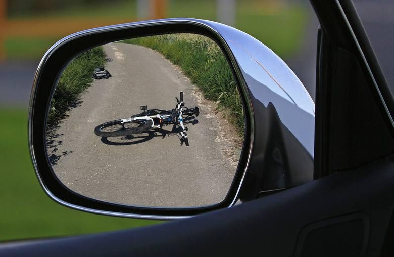 Wypadek w Krzyżanowicach, w pow. raciborskim. Potrącony 14-letni rowerzysta. Lądował helikopter LPR