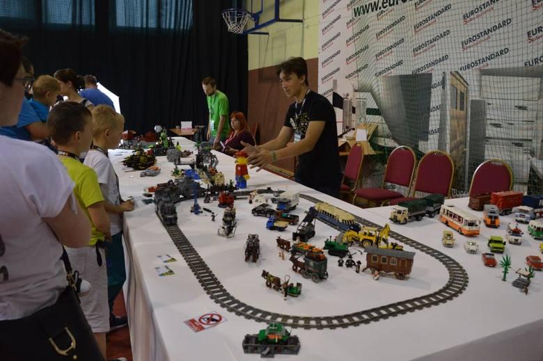 Przez dwa dni chojniczanie mogli podziwiać niecodzienną wystawę. Całą z klocków Lego![a]http://www.pomorska.pl/;>> Najświeższe informacje
