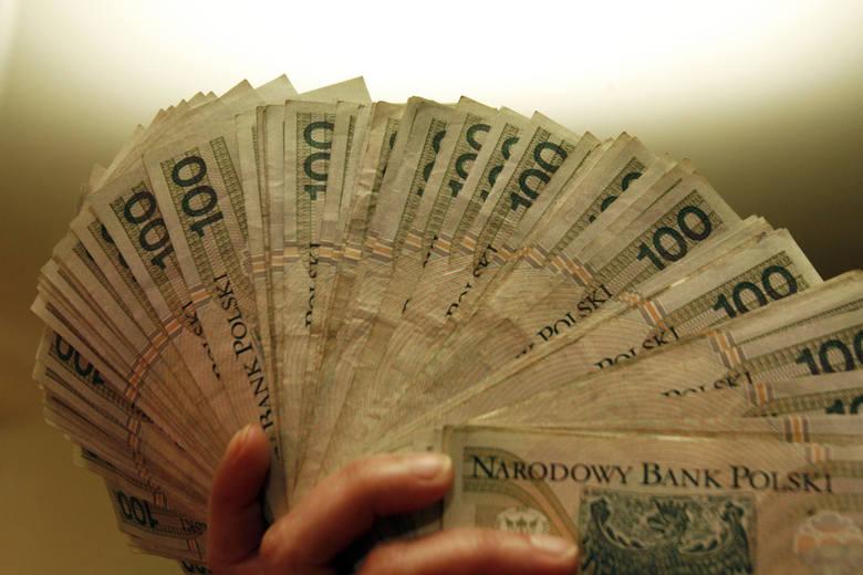 Kto w województwie zachodniopomorskim może liczyć na pensję równą, bądź wyższą niż 5.000 złotych brutto? Sprawdziliśmy to. Oto oferty pracy w naszym