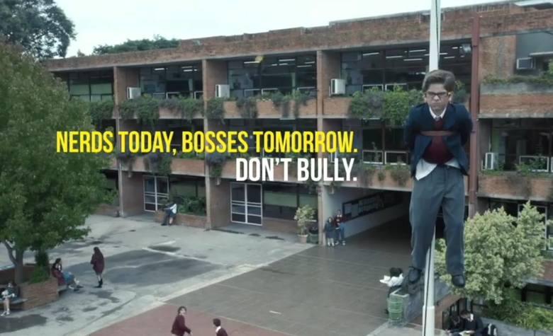 Oni się zemszczą! Dzisiaj ofiary, jutro szefowie. Nie znęcaj się! [FILM]