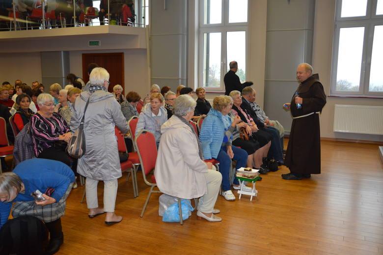 W dzisiejszej pielgrzymce wzięło udział ponad 800 wiernych.
