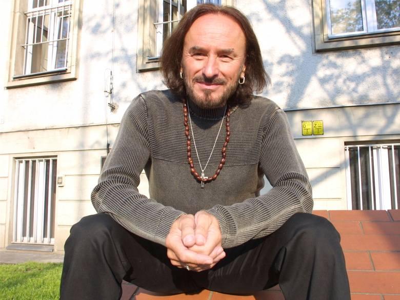 """Andrzej Dąbrowski. To niesamowity muzyk. Ubolewam nad tym, że popadł w zapomnienie... - mówi Emilia Padoł. - Rozdział jemu poświęcony zatytułowałam """"Biografia"""