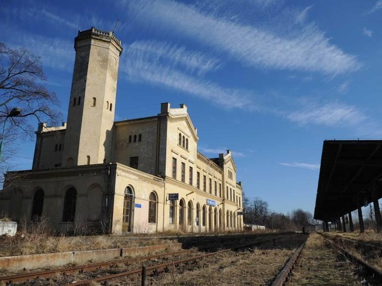 Odbudowa linii kolejowej Racibórz - Głubczyce - Racławice może kosztować nawet 100 mln zł.