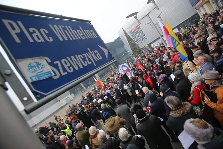 Protest na placu Szewczyka w Katowicach
