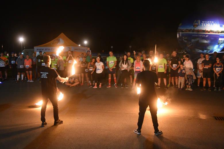 W sobotę odbyła się trzecia edycja Toruńskich Biegów Wolności. Bieg nocny zorganizowano pod patronatem Bella Skyway Festiwal. Uczestnicy mieli do pokonania