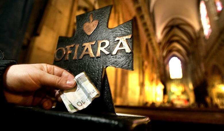 BiałystokParafia pod wezwaniem św.Wojciecha - 500 złParafia pod wezwaniem Chrystusa Króla - 1000 złZestawienie zawiera średni koszt usług w danej parafii