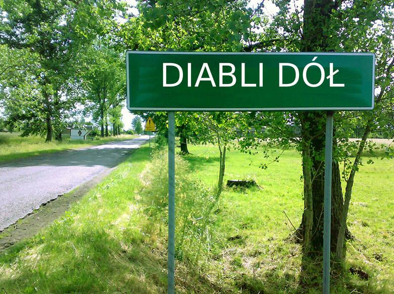 Diabli Dół to przysiółek we wsi Małoszów w gminie Książ Wielki w powiecie miechowskim.