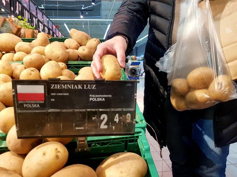 Wedle GUS, żywność zdrożała w ostatnich miesiącach ponad dwa razy bardziej od reszty towarów. Rolnicy nijak tego jednak nie odczuli.