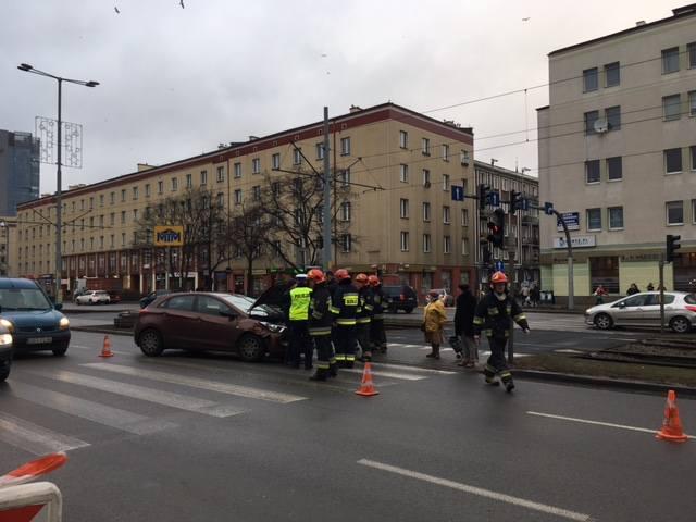 Zderzenie aut na alei Grunwaldzkiej w Gdańsku