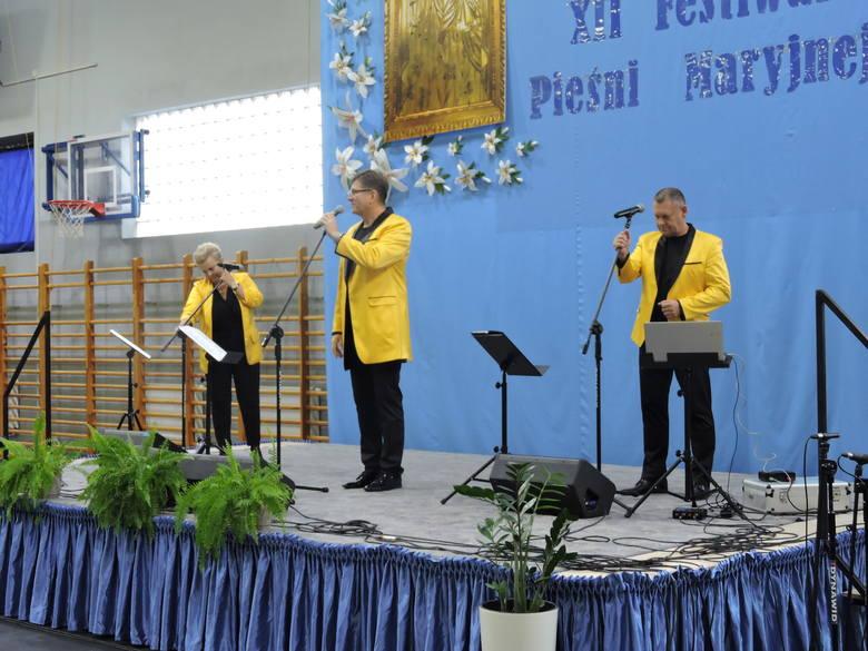 Sławomir Świerzyński i Bayer Full w Wąsewie śpiewali o Bogu