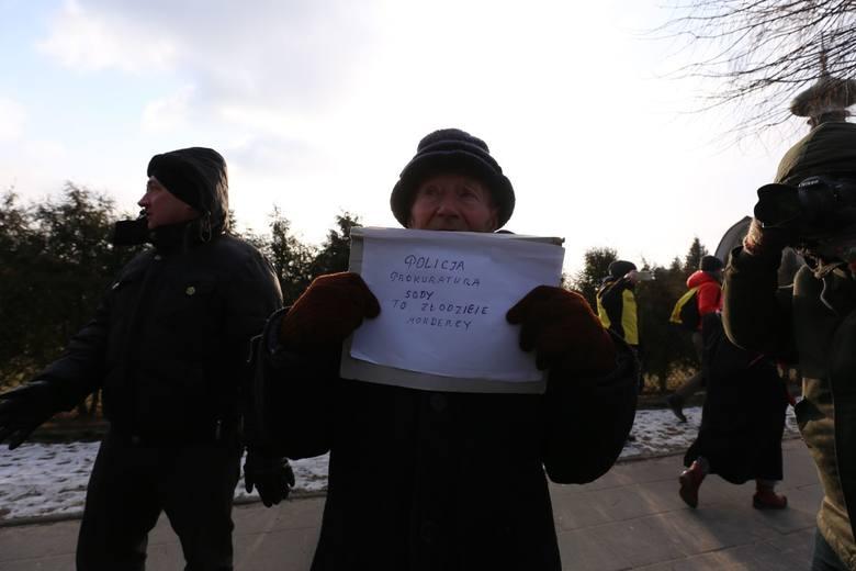 III Marsz Pamięci Żołnierzy Wyklętych w Hajnówce 2018. Policja użyła siły (zdjęcia, wideo)