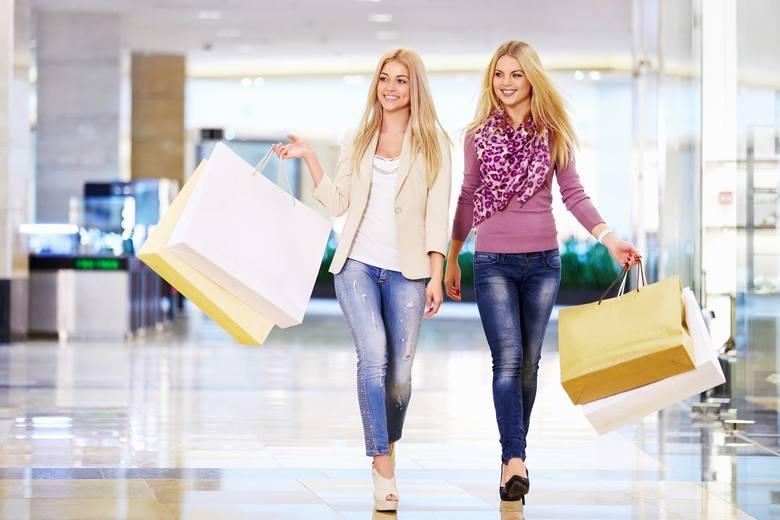 PROMOCJE I OBNIŻKI CEN W WIELU SKLEPACH W SZCZECINIEZobacz, gdzie opłaca się robić zakupy >>>Przejdź dalej Zobacz też:Najnowsze