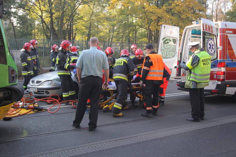 Policja odebrała zgłoszenie o wypadku o godz. 16.32. Jak informuje straż pożarna, w miejscowości Gorczenica (powiat brodnicki) doszło do zderzenia dwóch