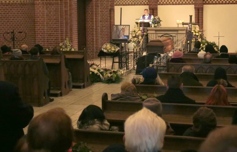Pogrzeb Moniki Szwai w Szczecinie. Pożegnały ją tłumy [zdjęcia]