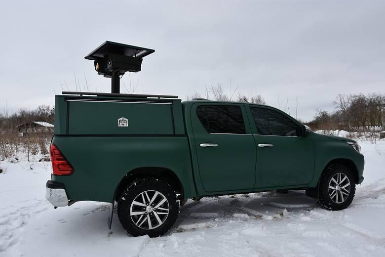 Funkcjonariusze z Warmińsko-Mazurskiego Oddziału Straży Granicznej będą korzystali z  22 nowych kamer o wartości 3,4 mln zł i trzech nowoczesnych pojazdów