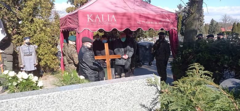 Halina Naumik zmarła 4 marca 2021 r. w wieku 93 lat. Ostatnie pożegnanie odbyło się w sobotę (6.03) w tzw. starej parafii w Kluczborku. Łączniczka AK
