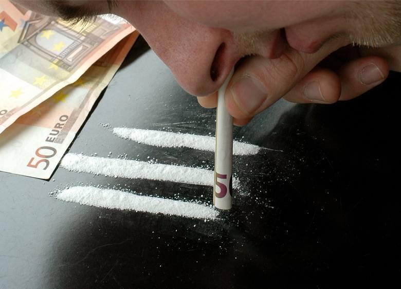 Posiadanie narkotyków oraz jakichkolwiek substancji psychotropowych w prawie polskim jest zakazane. W których gminach policja zatrzymała najwięcej osób
