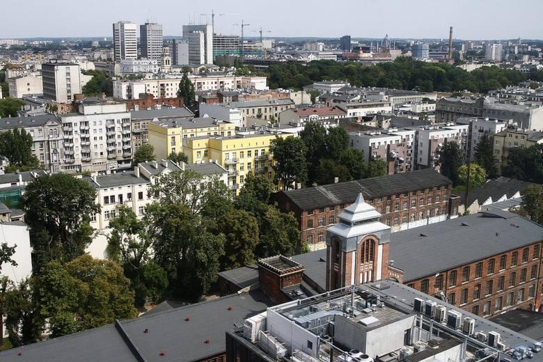 Łódzki naukowiec z UŁ przeanalizował liczbę ludności tych miast od 1980 roku do 2019 roku. Od tego czasu Warszawa, Kraków i Wrocław zyskują mieszkańców,