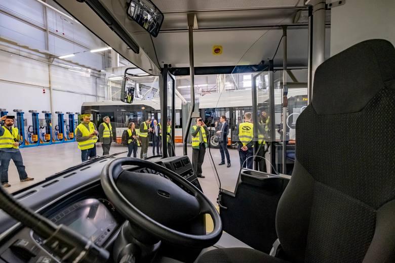 Pracownicy Solarisa od 14 grudnia 2019 wszczęli spór zbiorowy z pracodawcą. Jak mówią, wielomiesięczne negocjacje dwóch związków zawodowych: OPZZ Konfederacja Pracy i Solidarność, nie przyniosły oczekiwanego efektu. <br />