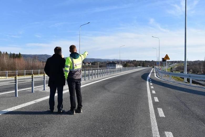 W latach 2020-2030 w naszym kraju powstanie sieć obwodnic, które mają znacznie zmniejszyć natężenie ruchu drogowego. Drogi objazdowe dla ruchu tranzytowego