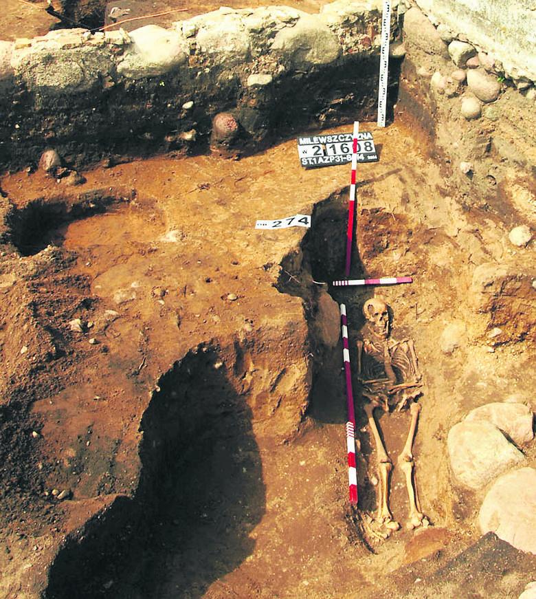 W trakcie wykopalisk badacze natrafili na miejsce pochówku