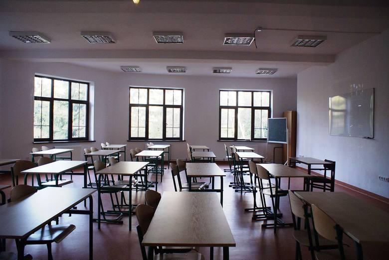 Chętnych do nauki w liceach w Rzeszowie dużo, miejsc o tysiąc za mało!
