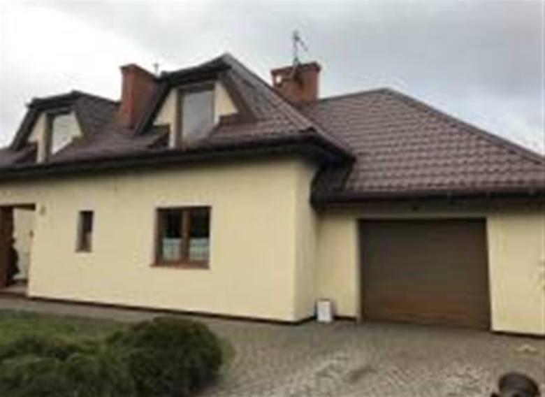 Dom w Krobi pod Toruniem: 321 tys. złObszerny dom w Krobi (gmina Lubicz) licytowany będzie już 15 stycznia, o godzinie 9.30, w siedzibie Sądu Rejonowego